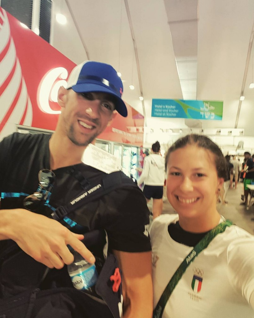 Arianna insieme a Michael Phelps (p.h. profilo personale fb)
